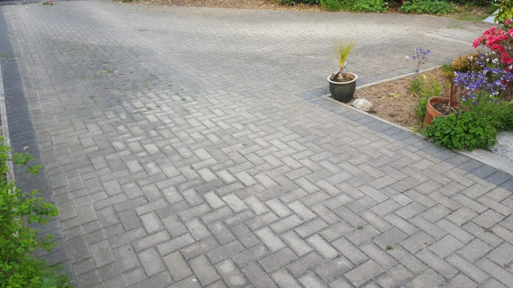 Block Paved Driveway Cleaning (Before)