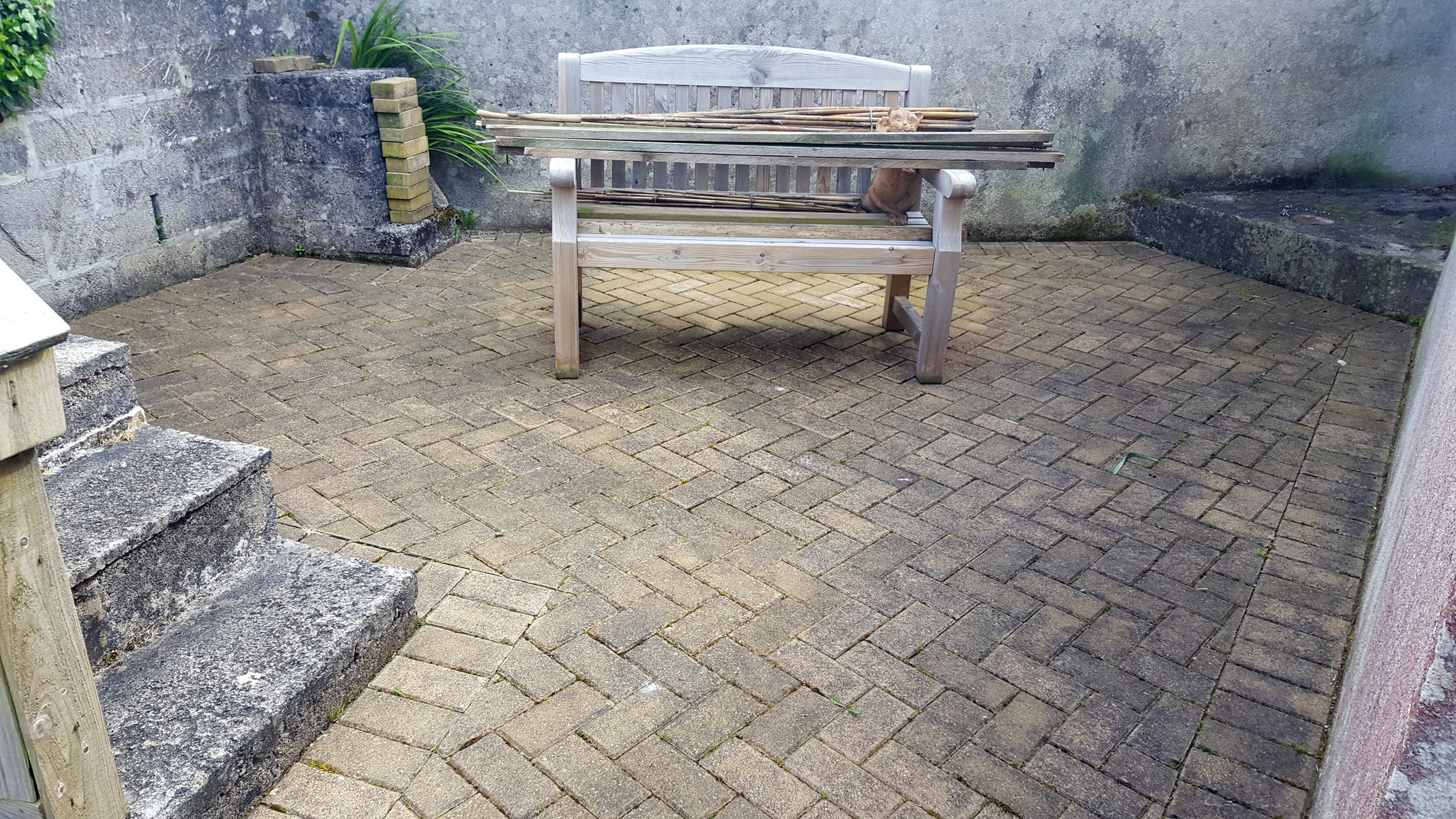 Block Paving and Garden Furniture Cleaning